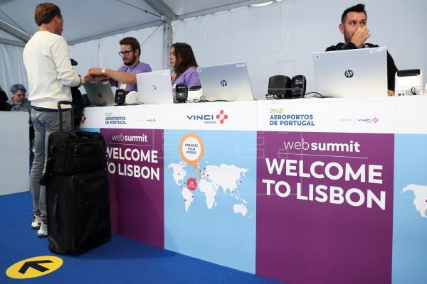 Web Summit 2019 - Регистрация в аэропорту